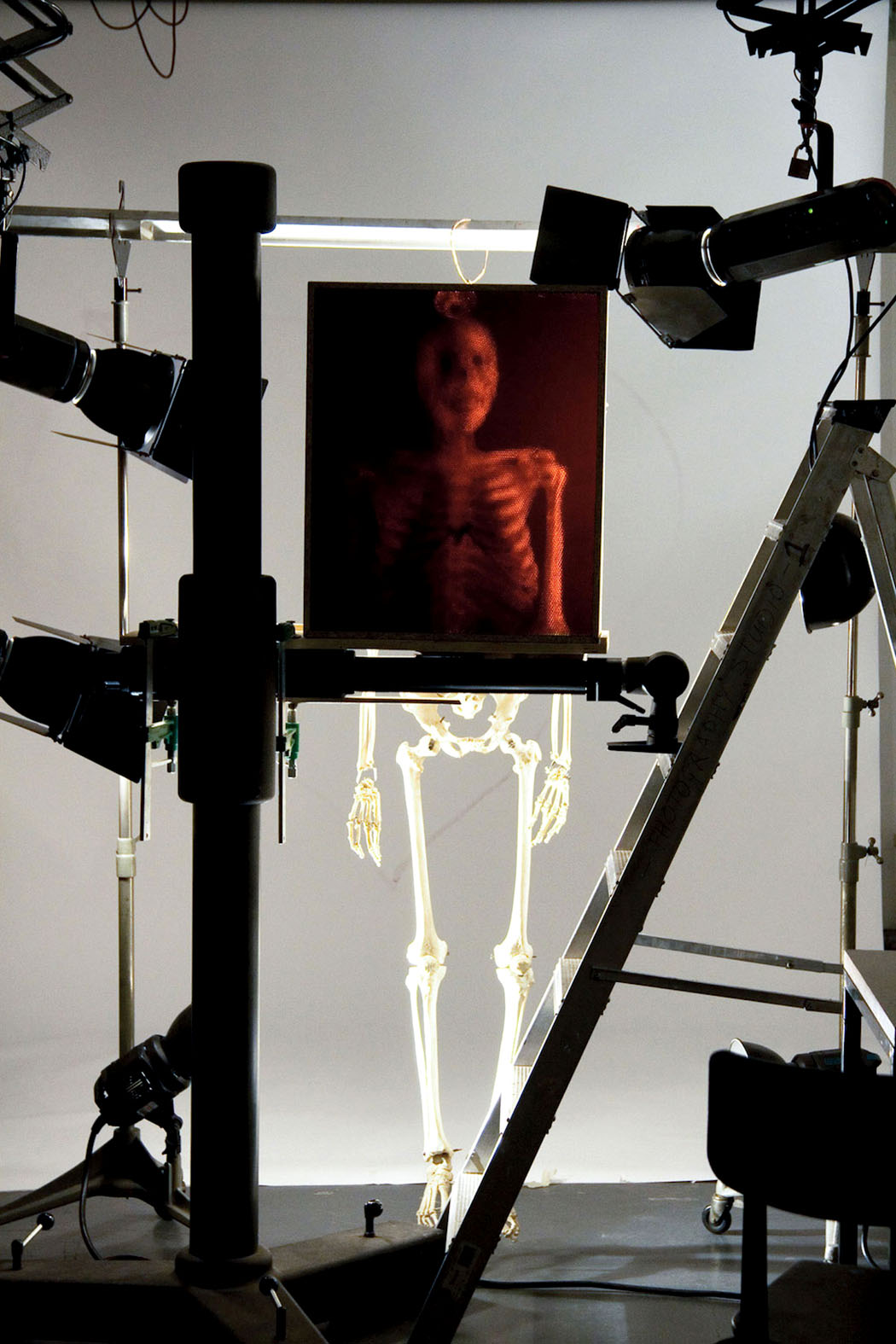 Sanat - Fotoğraf - Michael Farrell - Cliff Haynes - Pin Hole Camera- Straw Camera