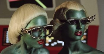 Crea.Tips - Design - Campaign - Reklam - Kampanya - Gucci & Beyond - Winter - Retro - Vintage - Sci-Fi