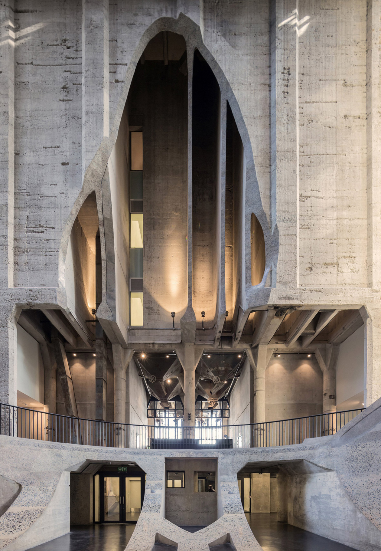 Crea.Tips - Architecture - Mimari - Cape Town Grain Silo - Art Galleries - MOCAA